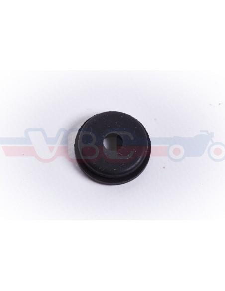 Passe cable garde-boue arrière 32983-011-000
