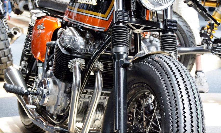piece moto ancienne